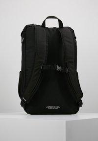 adidas Originals - TOPLOADER - Reppu - black - 2