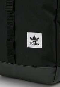 adidas Originals - TOPLOADER - Reppu - black - 7