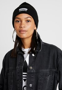 adidas Originals - CUFF  - Gorro - black/white