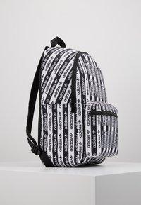 adidas Originals - Batoh - black/white - 4