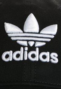 adidas Originals - TREFOIL - Pet - black - 6