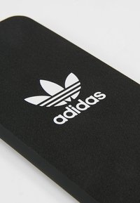 adidas Originals - ADICOLOR CASE IPHONE - Phone case - black/ white