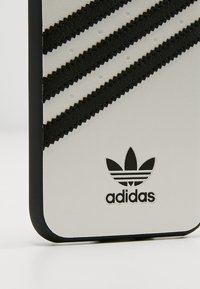 adidas Originals - MOULDED CASE FOR IPHONE 6/6S/7/8 - Telefoonhoesje - white/black - 2