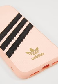 adidas Originals - MOULDED CASE FOR IPHONE X/XS - Etui na telefon - clear pink - 2