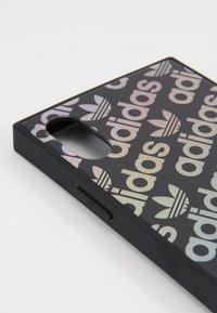 adidas Originals - ADIDAS HOLOGRAPHIC PHONE CASE - Funda para móvil - black - 2