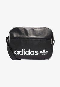 adidas Originals - VINTAGE AIRLINER  - Torba na ramię - black - 0