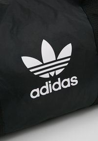 adidas Originals - DUFFLE - Sporttasche - black - 7