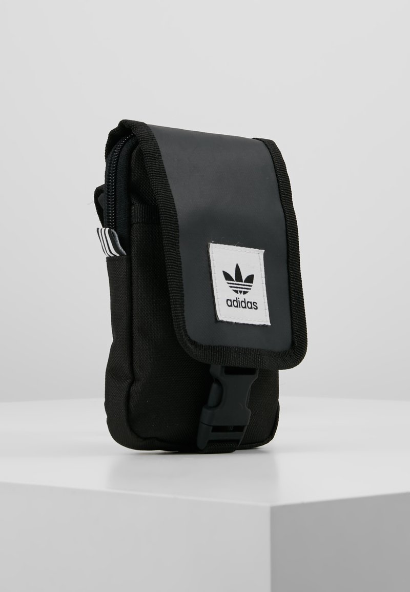adidas Originals - MAP BAG - Schoudertas - black