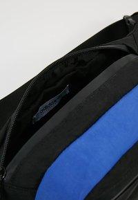 adidas Originals - DAILYWAISTBAG - Bum bag - dark blue - 4