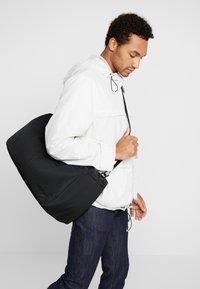 adidas Originals - MODERN DUFFEL - Sportväska - black - 1
