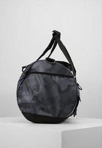 adidas Originals - GEAR DUFFEL - Weekendveske - multicolor/black - 3