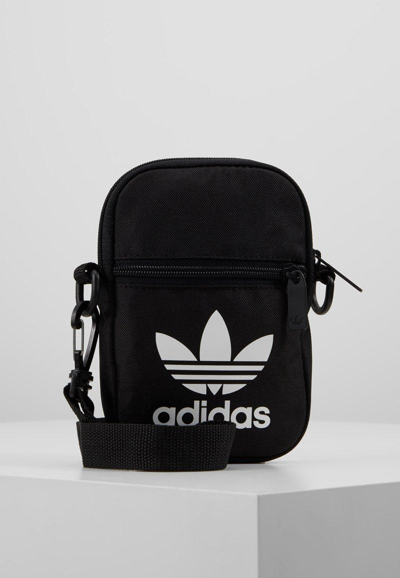 adidas Originals - FEST BAG TREF - Schoudertas - black