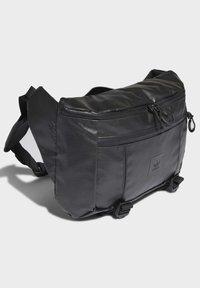 adidas Originals - LARGE WAIST BAG - Bum bag - black - 2