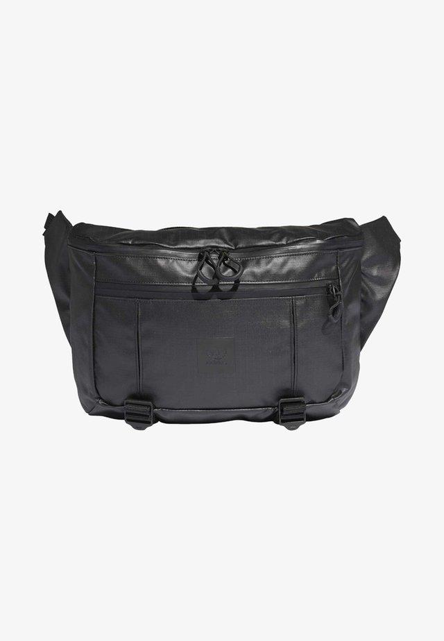 LARGE WAIST BAG - Gürteltasche - black