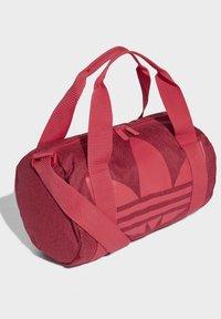 adidas Originals - ADICOLOR SHOULDER BAG - Sports bag - pink - 2