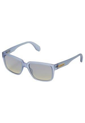 Sunglasses - matte blue/gradient smoke