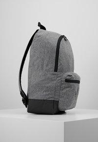 adidas Originals - CLASSIC - Rugzak - black - 3