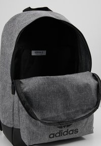 adidas Originals - CLASSIC - Sac à dos - black - 4