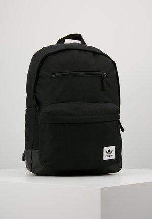 CLASSIC  - Ryggsekk - black
