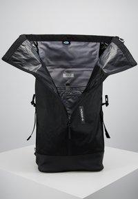 adidas Originals - FUTURE ROLL TOP - Reppu - black - 4