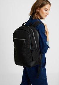adidas Originals - MODERN BACKPACK - Rucksack - black - 5