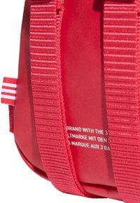 adidas Originals - MINI PU - Rucksack - pink - 5