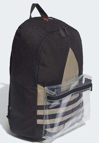 adidas Originals - ADICOLOR LARGE TREFOIL CLASSIC BACKPACK - Reppu - black/gold - 2