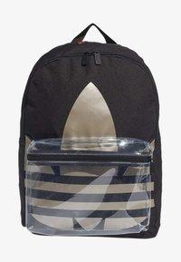 adidas Originals - ADICOLOR LARGE TREFOIL CLASSIC BACKPACK - Reppu - black/gold - 0