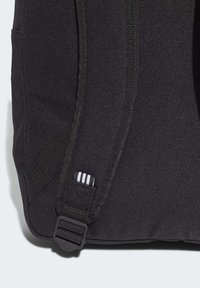 adidas Originals - ADICOLOR LARGE TREFOIL CLASSIC BACKPACK - Reppu - black/gold - 7