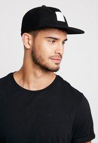 adidas Originals - DAD - Keps - black - 1
