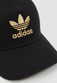 adidas Originals - TRUCKER - Caps - black/gold - 6
