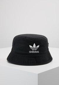 adidas Originals - BUCKET HAT - Hatte - black/white - 0