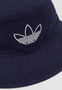 adidas Originals - BUCKET - Hat - indigo/burgundy - 6