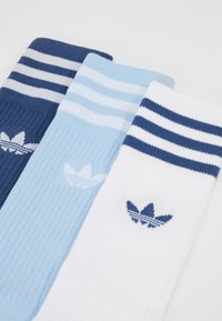 adidas Originals - SOLID CREW 3 PACK - Sokken - marin/clesky/white - 2