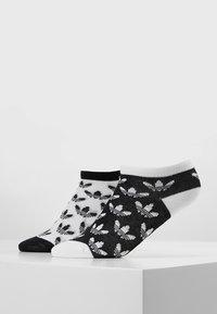 adidas Originals - LINER 2 PACK - Sportovní ponožky - black/white - 0