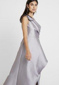 Adrianna Papell - MIKADO LONG DRESS - Robe de cocktail - silver - 5