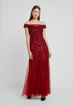 BEADED OFF SHOULDER GOWN - Vestido de fiesta - cranberry