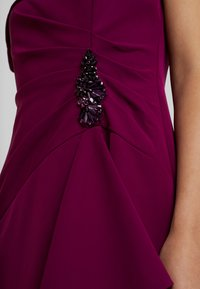 Adrianna Papell - OFF SHOULDER DRAPED GOWN - Occasion wear - wildberry - 6