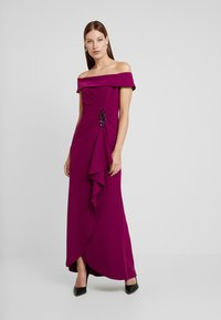 Adrianna Papell - OFF SHOULDER DRAPED GOWN - Occasion wear - wildberry - 0