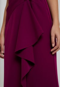 Adrianna Papell - OFF SHOULDER DRAPED GOWN - Occasion wear - wildberry - 4