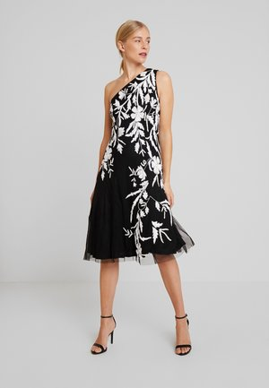 BEADED ONE SHOULDER DRESS - Cocktailklänning - black/ivory