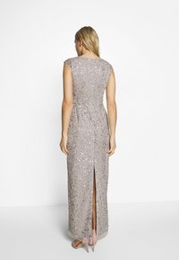 Adrianna Papell - LONG BEADED DRESS - Iltapuku - silver - 2