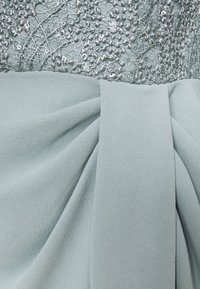Adrianna Papell - FLUTTER SLEEVE GOWN - Iltapuku - frosted sage - 2