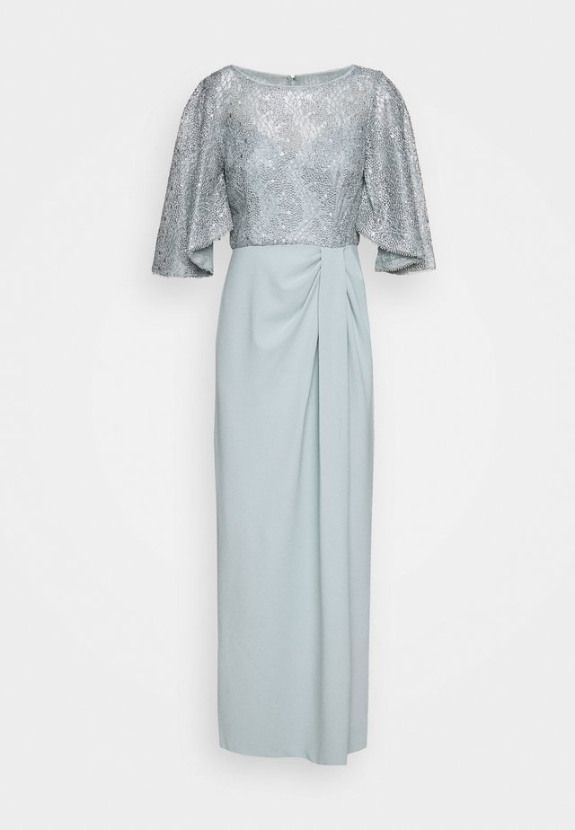 FLUTTER SLEEVE GOWN - Galajurk - frosted sage