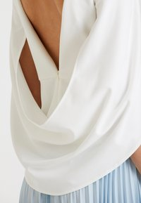 Adrianna Papell - COWL CAPE TOP - Bluser - ivory - 3