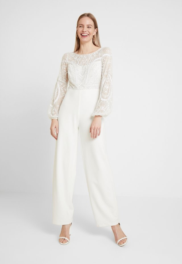 BEAD - Overall / Jumpsuit /Buksedragter - ivory