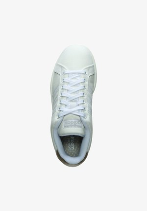 GRAND COURT SNEAKER DAMEN - Baskets basses - footwear white / play metallic