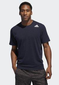 adidas Performance - FREELIFT SPORT PRIME LITE T-SHIRT - Basic T-shirt - blue - 0