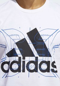 adidas Performance - FUTURE COURTS T-SHIRT - T-shirts med print - white - 4