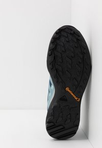 adidas Performance - TERREX SWIFT R2 GTX  - Hiking shoes - tech indigo/ash grey/green tint - 4